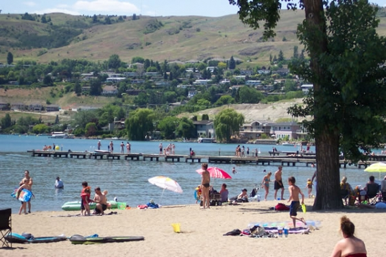 176_photo_Kalamalka_Lake_Beach