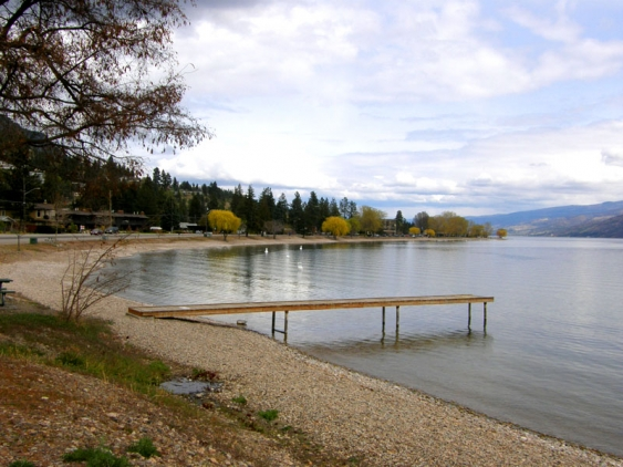 65_photo_1_Peachland_Beach_&_Dock_1